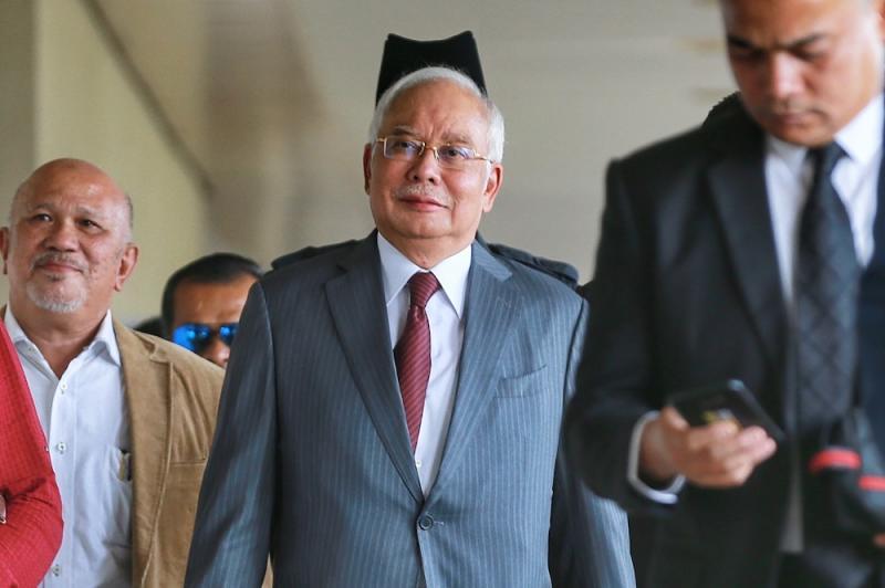 Former prime minister Datuk Seri Najib Razak is pictured at the Kuala Lumpur High Court January 9, 2020. — Picture by Ahmad Zamzahuri