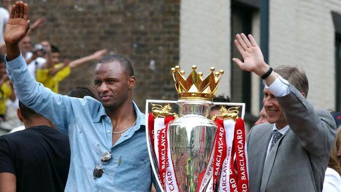 Arsene Wenger berhasil membawa Arsenal meraih tiga trofi juara Premier League, yakni musim 1997-1998, 2001-2002, dan 2003-2004. (AFP/Martin Hayhow)