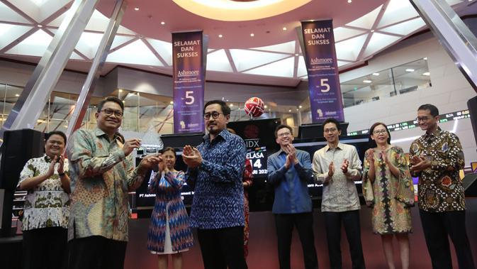 Pencatatan Perdana Saham PT Ashmore Asset Management Indonesia Tbk (Foto: Dok. BEI)