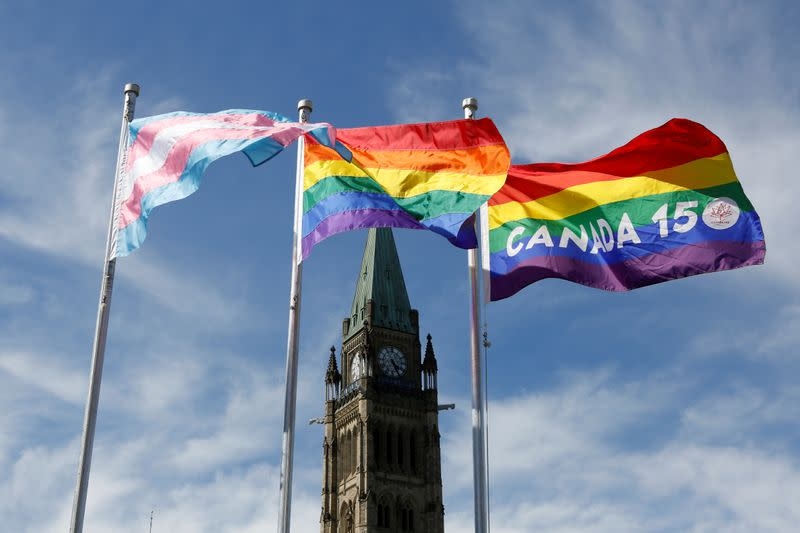 Canada reintroduces bill banning LGBT conversion therapy