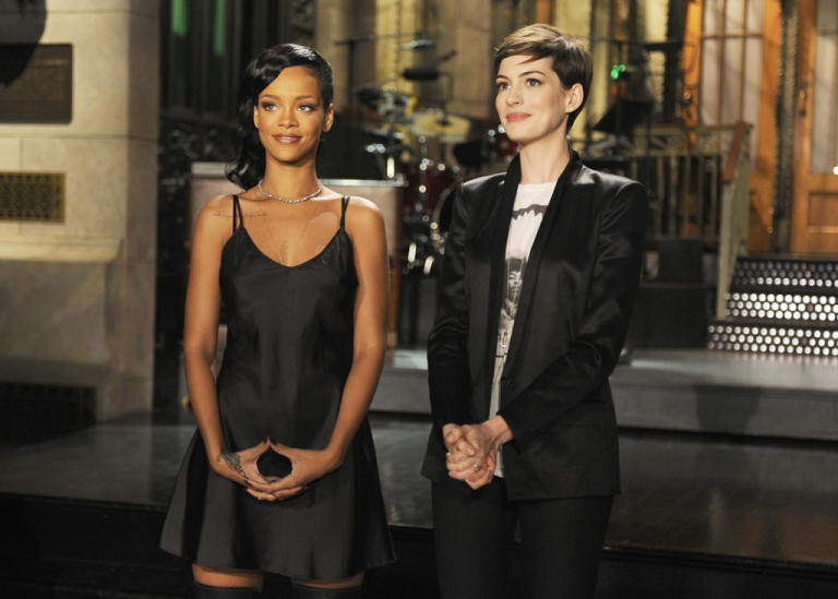"""Saturday Night Live"" -- Anne Hathaway / Rihanna"