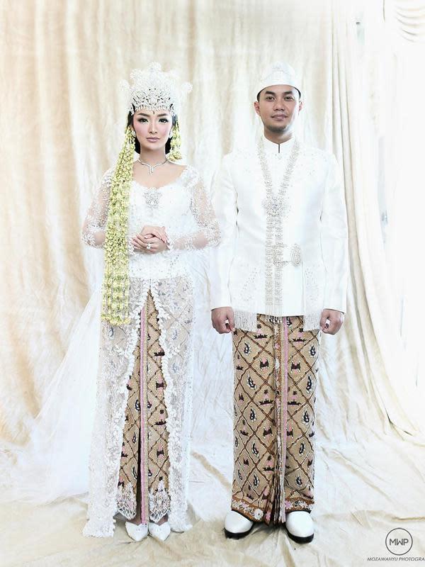 Potret akad nikah Zaskia Gotik dan Sirajuddin Mahmud. (Sumber: Instagram/mozawahyu)