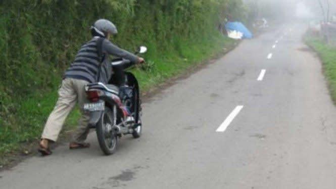 6 Penyebab Ban Motor Selalu Kurang Angin