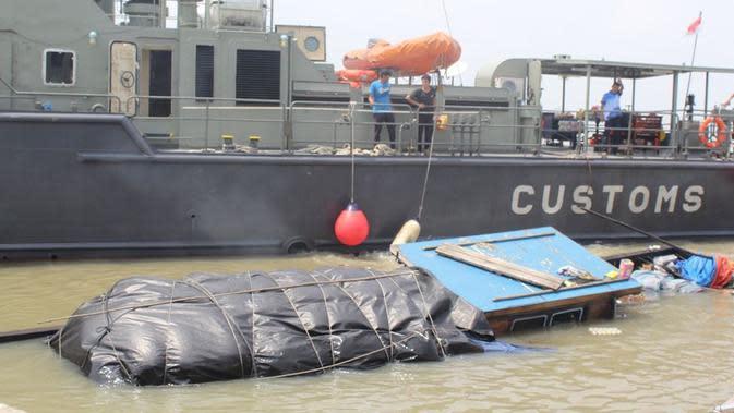 Tim Gabungan Bea Cukai Gagalkan Penyelundupan Barang Impor