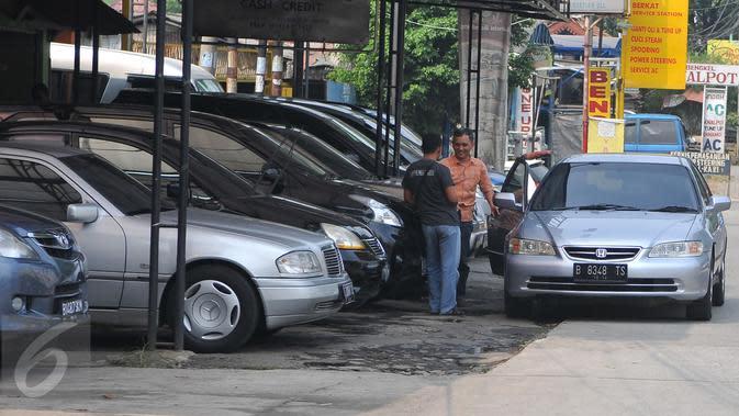 Terimbas Pandemi Corona Covid-19, Penjual Mobil Bekas Merana