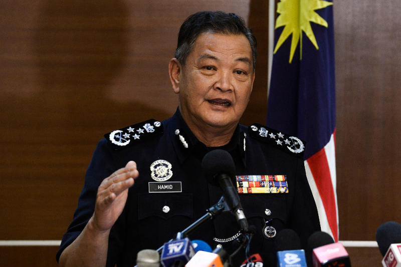 Inspector-General of Police Tan Sri Abdul Hamid Bador also noted conflicting opinions by the two forensic pathologists who testified in the inquest, and hopes it can be the focal point for the review team if the Home Ministry (KDN) agrees to its formation. — Picture by Miera Zulyana