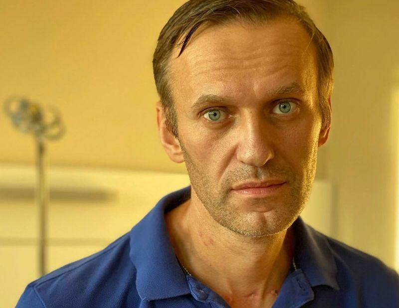 Kremlin critic Navalny appears in public after leaving Berlin hospital