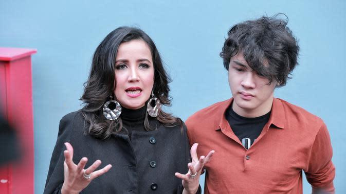 Andi Soraya dan Shawn. (Adrian Putra/Bintang.com)