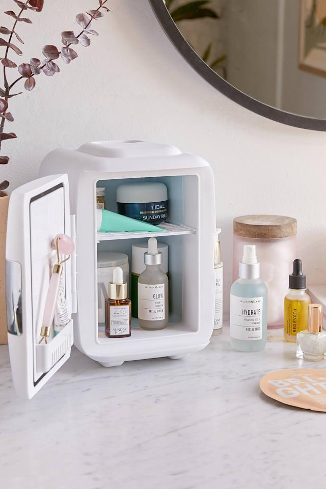 """<p>This <a href=""""https://www.popsugar.com/buy/Cooluli-Mini-Beauty-Refrigerator-536578?p_name=Cooluli%20Mini%20Beauty%20Refrigerator&retailer=urbanoutfitters.com&pid=536578&price=60&evar1=casa%3Auk&evar9=45637069&evar98=https%3A%2F%2Fwww.popsugar.com%2Fhome%2Fphoto-gallery%2F45637069%2Fimage%2F47062160%2FCooluli-Mini-Beauty-Refrigerator&list1=shopping%2Cgadgets%2Ctech%20shopping%2Chome%20shopping&prop13=api&pdata=1"""" rel=""""nofollow"""" data-shoppable-link=""""1"""" target=""""_blank"""" class=""""ga-track"""" data-ga-category=""""Related"""" data-ga-label=""""https://www.urbanoutfitters.com/shop/cooluli-mini-refrigerator?category=gadgets-accessories&amp;color=095&amp;quantity=1&amp;size=ONE%20SIZE&amp;type=REGULAR"""" data-ga-action=""""In-Line Links"""">Cooluli Mini Beauty Refrigerator</a> ($60) is all the rage in the beauty world this year. it features an adjustable temperature setting that both cools and heats.</p>"""
