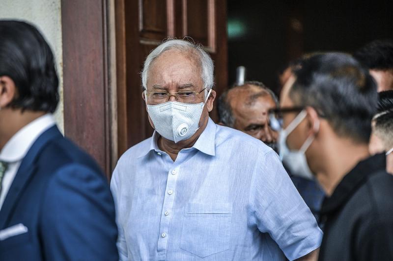 Datuk Seri Najib Razak is seen leaving the Kuala Lumpur Court Complex, July 29, 2020. ― Pictures by Hari Anggara