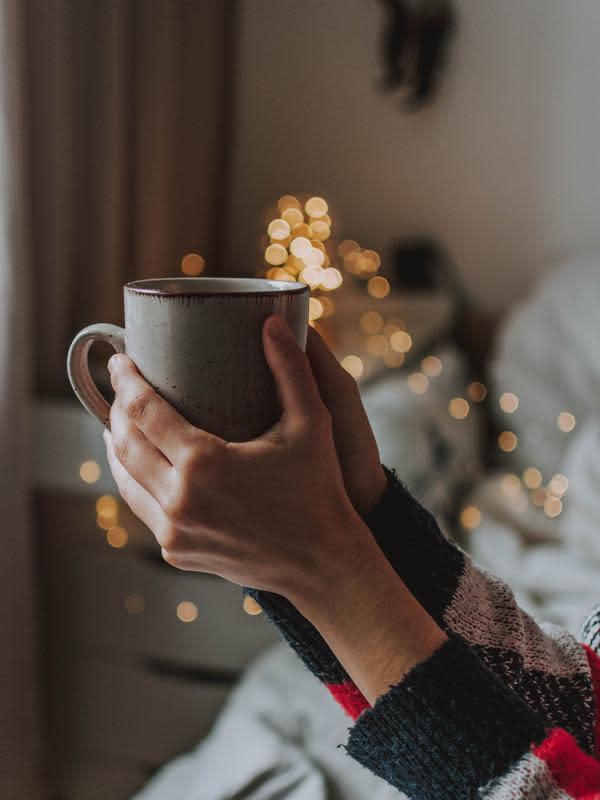 ilustrasi manfaat minuman teh kunyit untuk kesehatan tubuh yang jarang diketahui/fotografierende/pexels