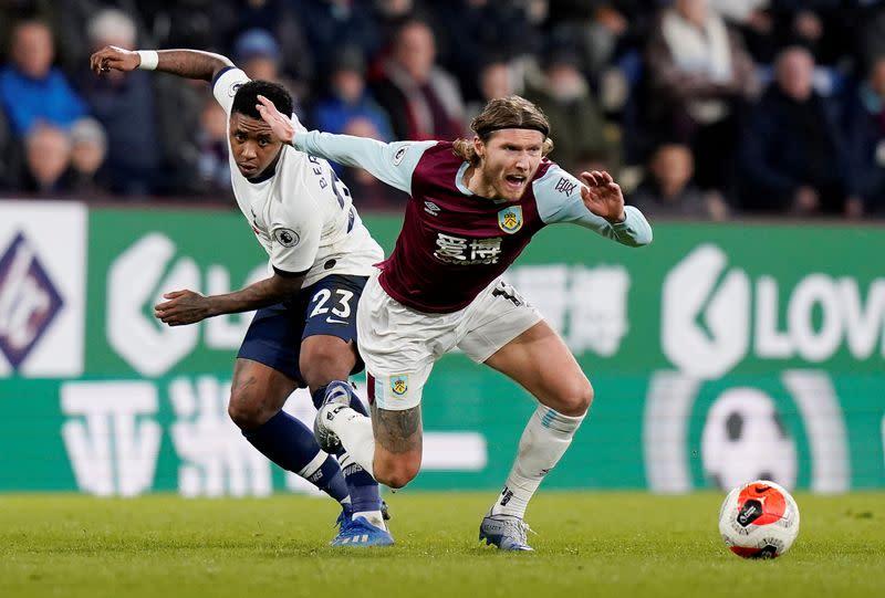 Ireland midfielder Hendrick joins Newcastle after Burnley exit