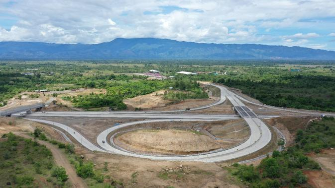 Jalan Tol Trans Sumatera (JTTS) ruas Sigli–Banda Aceh seksi 4 (Indrapuri–Blang Bintang) sepanjang 13,5 km.