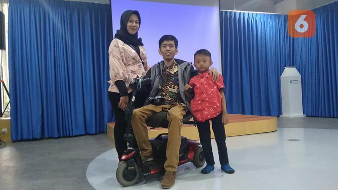 Keluarga Inklusif Rayakan Ulang Tahun Pernikahan bersama Liputan6.com