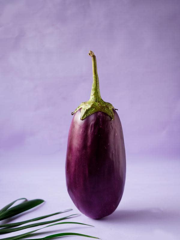 ilustrasi terong sayuran yang tidak bisa dikonsumsi saat mentah/pexels