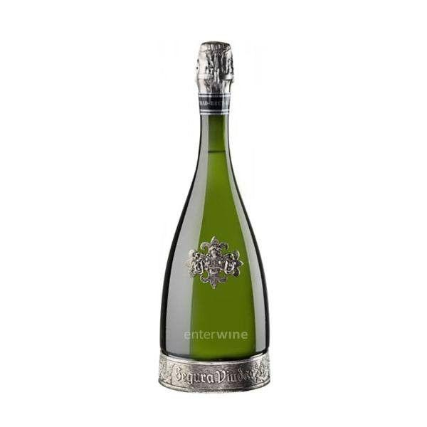 """<p>Fruity and full-flavored with a slightly smokey note, this bubbly will start your party off right.</p><p><a class=""""body-btn-link"""" href=""""https://www.totalwine.com/wine/champagne-sparkling-wine/cava/brut/segura-viudas-brut-heredad-reserva/p/89866750"""" target=""""_blank"""">SHOP NOW</a><br></p>"""