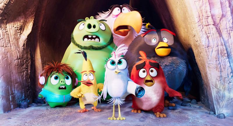 THE ANGRY BIRDS MOVIE 2, left to right, front to back: Courtney (voice: Awkwafina), Chuck (voice: Josh Gad), Silver (voice: Rachel Bloom), Red (voice: Jason Sudeikis), Leonard (voice: Bill Hader), Mighty Eagle (voice: Peter Dinklage), Bomb (voice: Danny McBride), 2019. Columbia / Courtesy Everett Collection