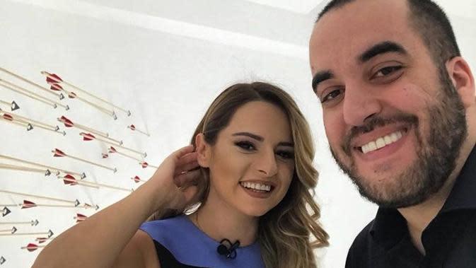 Kristi Reci bersama tunangannya, Gregor Rama yang merupakan putra Perdana Menteri Albania Edi Rama. (globintel.com)