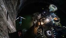 深入羅馬尼亞礦山地底120米 人類首度完成跳水挑戰