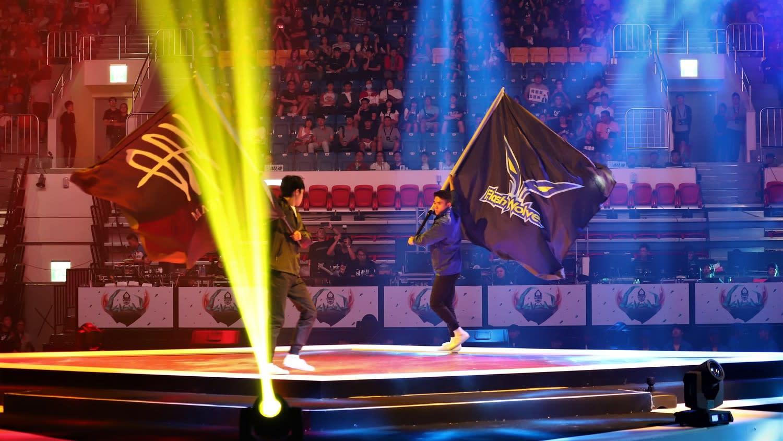 目前《英雄聯盟》夏季總決賽已經開打,開場舞蹈表演讓現場觀眾驚呼連連