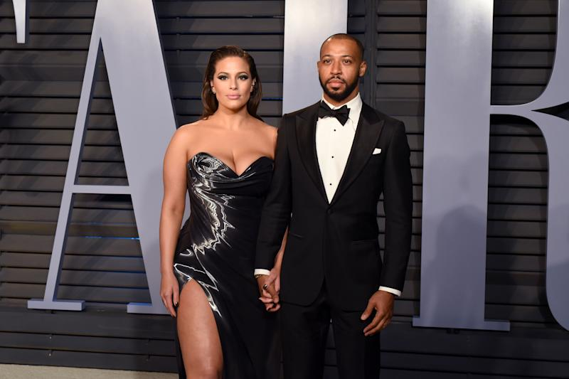 BEVERLY HILLS, CA - MARCH 4: Ashley Graham and Justin Ervin attend 2018 Vanity Fair Oscar Party Hosted By Radhika Jones - Arrivals at Wallis Annenberg Center for the Performing Arts on March 4, 2018 in Beverly Hills, CA. (Photo by Presley Ann/Patrick McMullan via Getty Images) *** Local Caption *** Ashley Graham;Justin Ervin