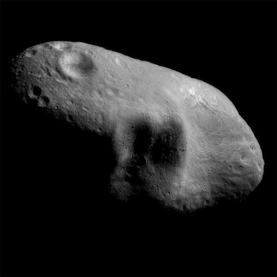 In 2009, a 200 foot wide asteroid came how close to Earth?