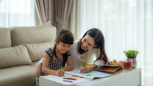 全球已有15億學生在家上課 父母們這些配備先準備好了嗎?