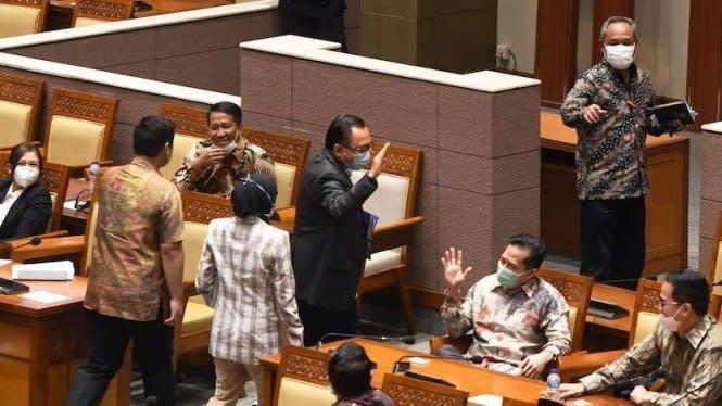 Aria Bima PDIP Bilang Drama Basi, Demokrat Balas Sindiran Menohok