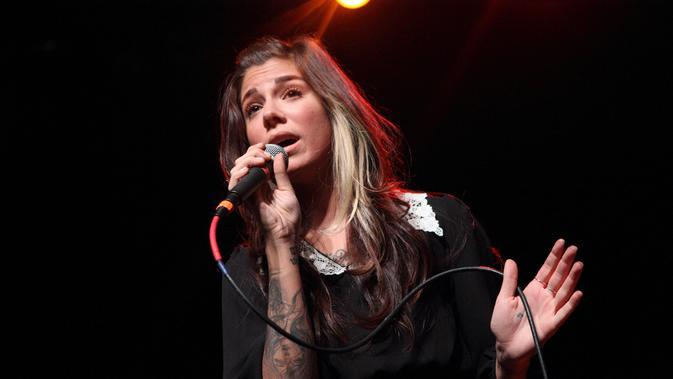 Lirik Lagu A Thousand Years - Christina Perri