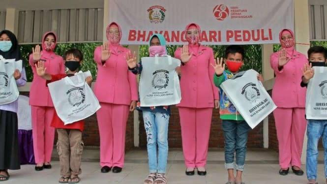Cara Polwan Kampanye Hapus Eksploitasi Anak di Wisata Mandalika