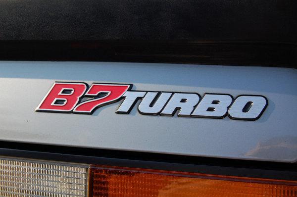 車齡30年的ALPINA B7 Turbo售價等同全新BMW M3,你會買嗎?