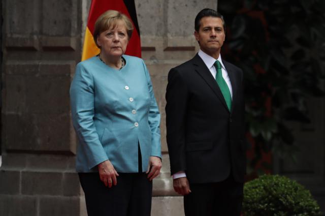 Schon bei ihrem Mexiko-Besuch im Juni 2017 erlitt Merkel einen Zitteranfall (Bild: Miguel Tovar/LatinContent via Getty Images)