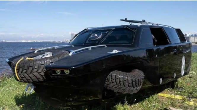 Keren, Rusia Bikin Mobil Perang Amfibi Modern Mirip SUV Klasik
