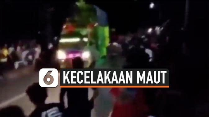 VIDEO: Detik-Detik Truk Tabrak Kerumunan Warga Bondowoso, 1 Tewas