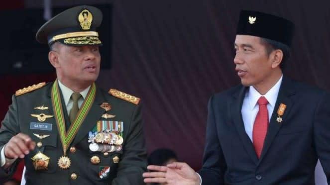 VIVA Militer: Jenderal TNI Gatot Nurmantyo (kiri) dan Presiden RI, Joko Widodo