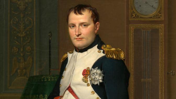 Lukisan Kaisar Napoleon di ruang belajarnya di Tuileries oleh Jacques-Louis David. (Sumber Wikimedia Commons/Google Art Project )