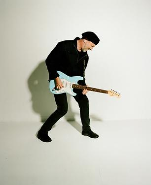Richard Thompson Amps Up in 'Good Things Happen to Bad People' - Premiere