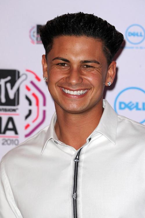 "FILE - In this Nov. 7, 2010 file photo, TV personality Paul ""DJ Pauly D"" DelVecchio arrives for the MTV European Music Awards 2010, in Madrid. In Seaside Heights, N.J., New Yorker Michael Maldonado is often mistaken for DelVecchio. (AP Photo/Dave Fisher, File)"
