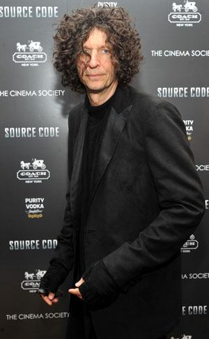 Howard Stern Bashes Jennifer Lopez's Judging Skills, Says 'Idol' Makes Him Want to Vomit