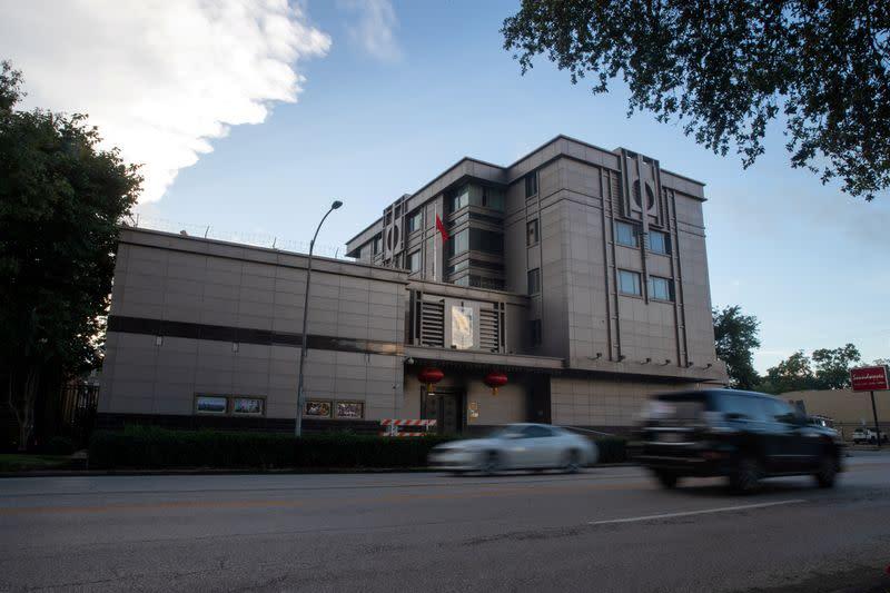 U.S. diplomats head to China despite row over Houston consulate
