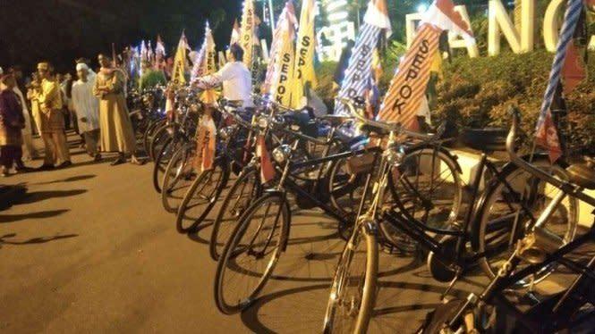 Sepeda Ontel 1960-an Ramaikan Pawai Tahun Baru Hijriah di Pontianak