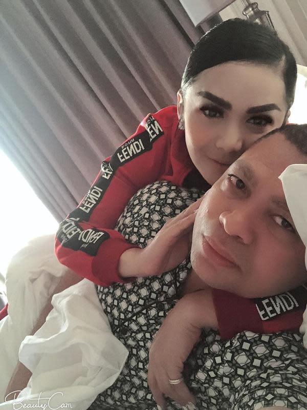 Momen Mesra Krisdayanti dan Raul Lemos (sumber: instagram/@raullemos06)