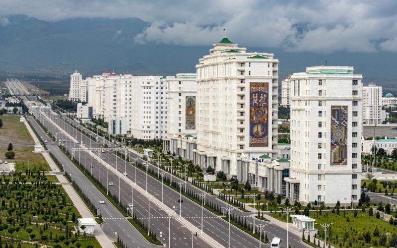 An aerial view of Moskovsky Avenue in Ashgabat, the capital of Turkmenistan - TASS/Stanislav Krasilnikov