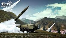 專門對準台灣! 共軍夜間試射東風11型飛彈