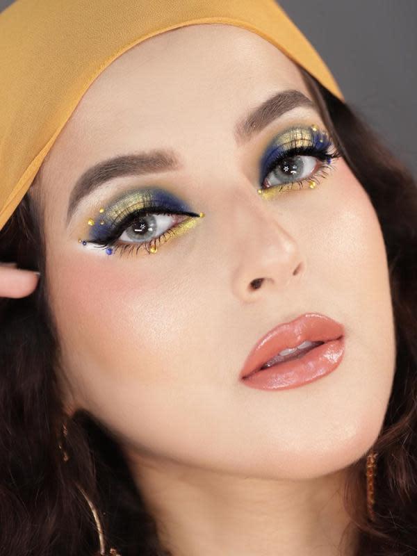 ilustrasi makeup foxy eyes ala tasya farasya/instagram: @tasyafarasya