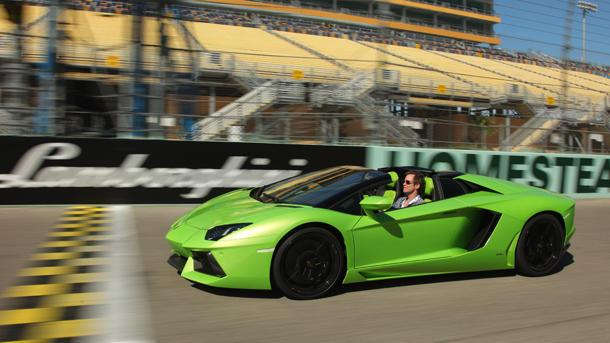 Lamborghini Aventador Roadster, ready for takeoff: Motoramic Drives