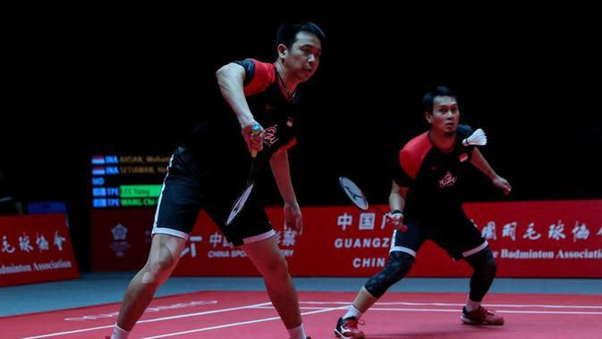 Ganda putra Indonesia, Mohammad Ahsan/Hendra Setiawan, akan bersua Hiroyuki Endo/Yuta Watanabe pada laga final BWF World Tour Finals 2019 di Tianhe Gymnasium, Guangzhou, Minggu (15/12/2019). (dok. PBSI)