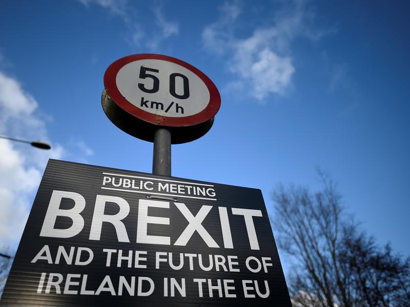 英國脫歐900天懶人包 為何一下吵分手一下鬧復合?