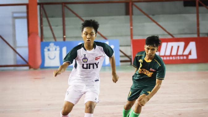 Pertandingan Hari Ketiga LIMA Futsal: Kaskus Central Java and Special Region of Yogyakarta Conference Season. (Liga Mahasiswa).