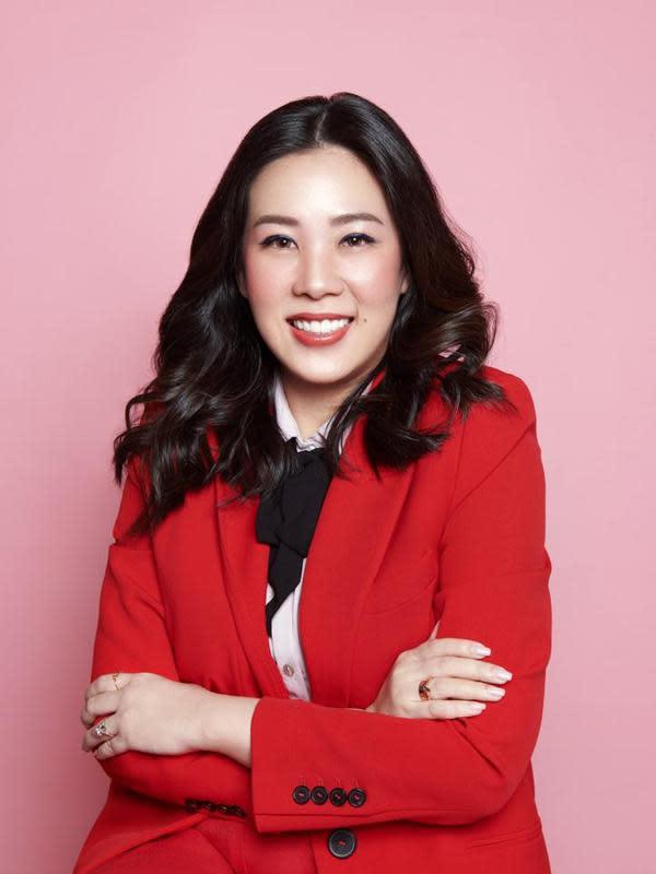 Marlene Hariman, Makeup Artist papan atas ibu kota yang berhasil populerkan bisnis kuliner sang mama di masa pandemi.